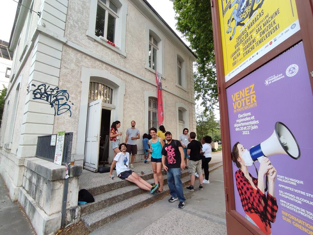Voluntarios graffiti