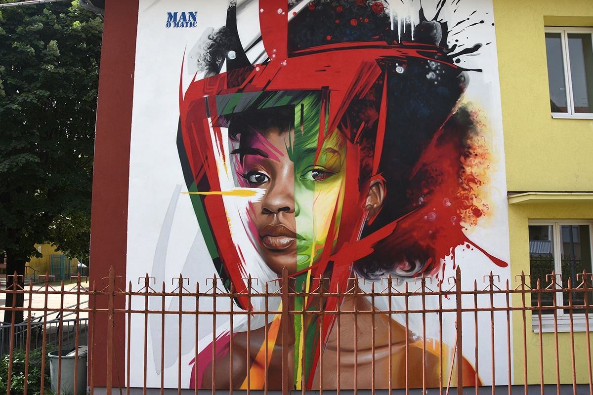 Escola Jules Verne street art